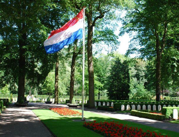 Militaire-begraafplaats-Rhenen-1-1240x870